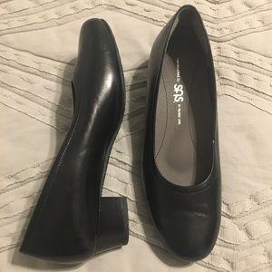SAS women's pumps, black, 7W
